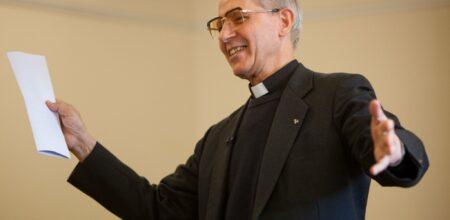 Intervista a p. Adolfo Nicolás, Preposito generale della Compagnia di Gesù