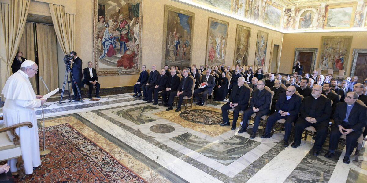 Papa Francesco incontra «La Civiltà Cattolica» in occasione della pubblicazione del fascicolo 4000