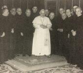 Il Collegio degli scrittori insieme a papa Giovanni XXIII