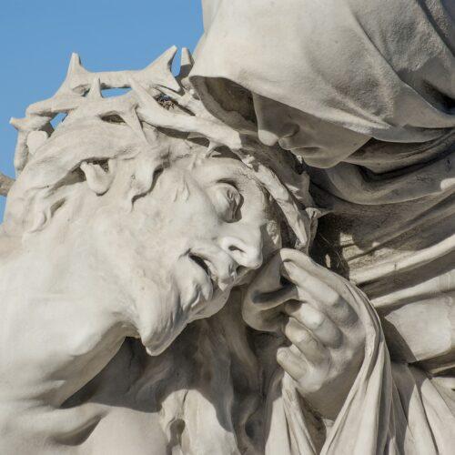 MORTE, LUTTO E VITA. Una triade pasquale letta dalle scienze umane