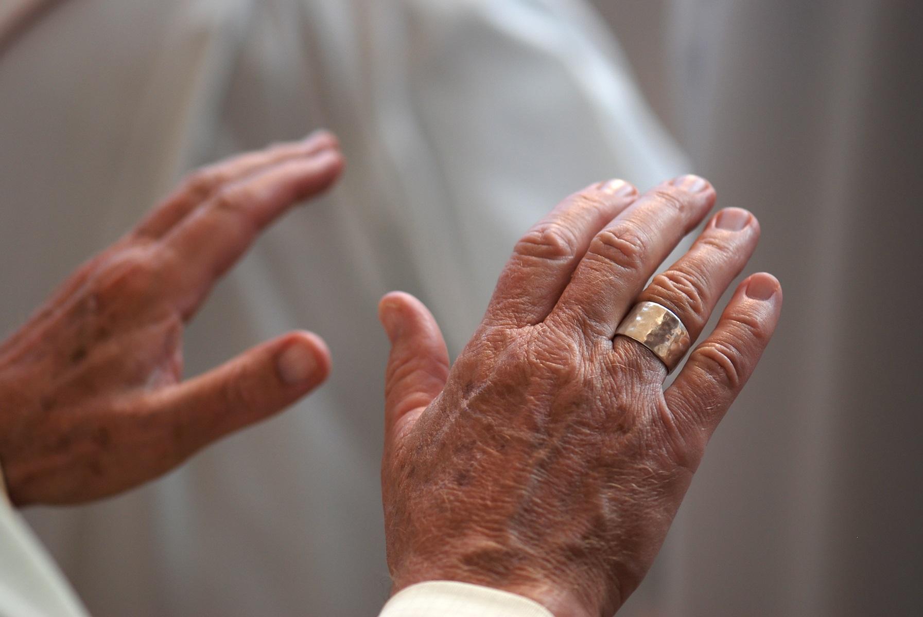 Risultati immagini per formazione sacerdotale