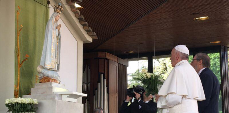 «Quale Maria?». Francesco a Fátima