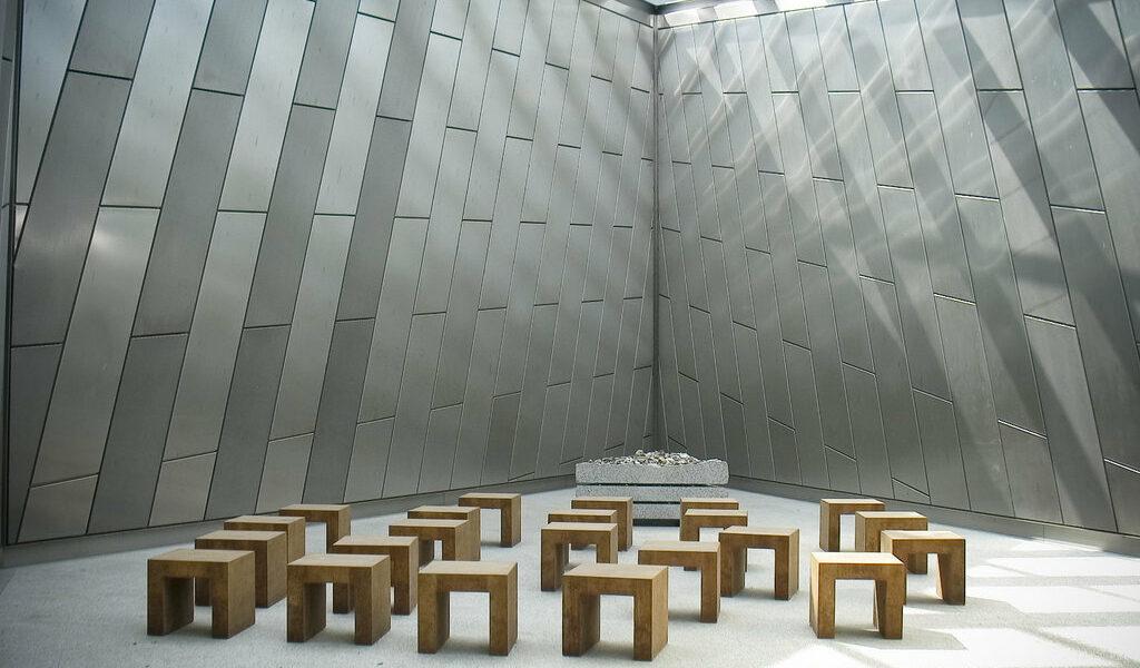 Architetture del silenzio e postsecolarismo